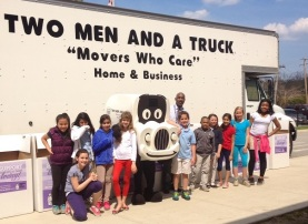 Chicago Il Movers for Moms collection with North Elementary school students