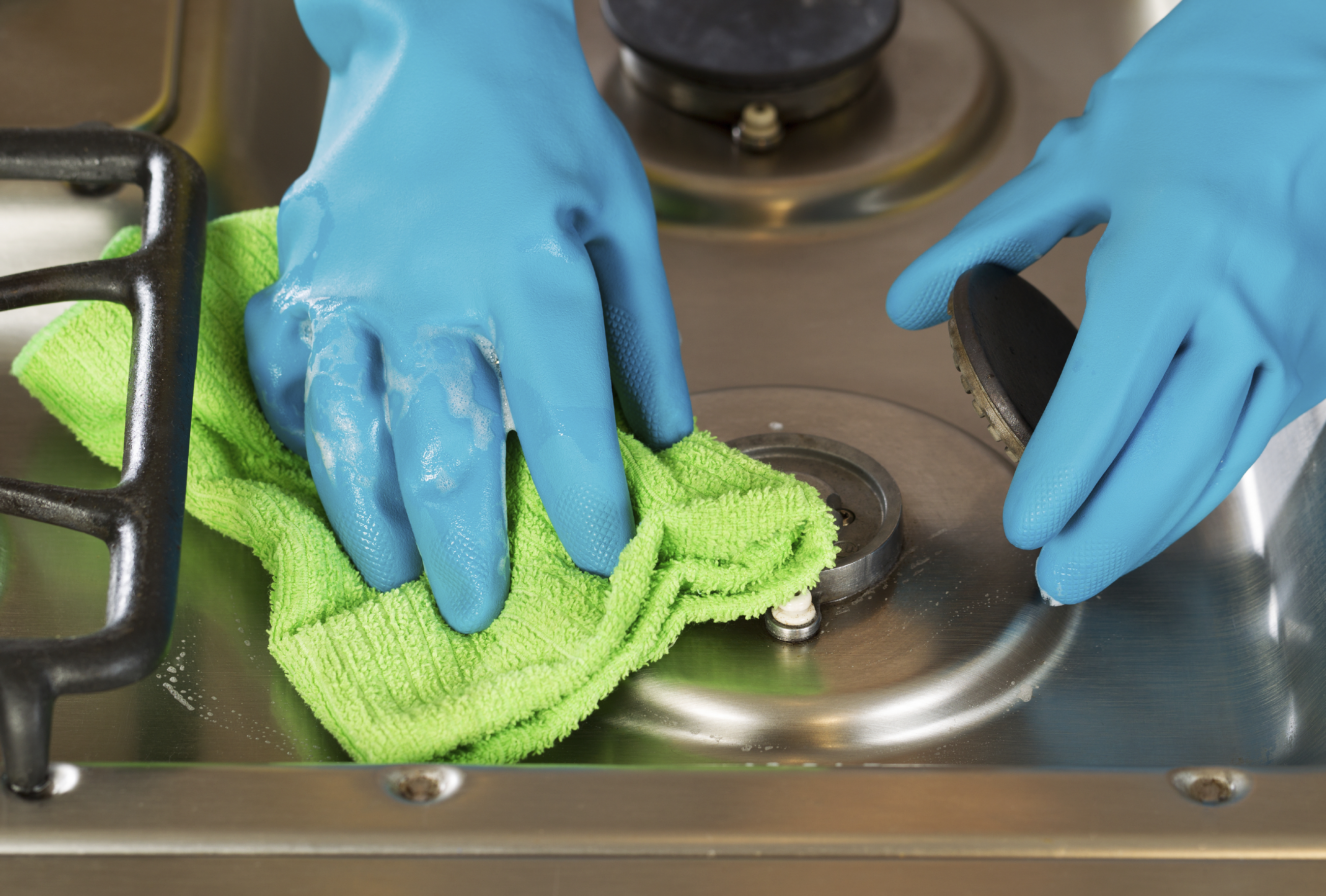 Don't forget to clean the stove before moving!